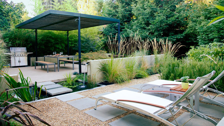 Simple Design Tips For a Small Backyard